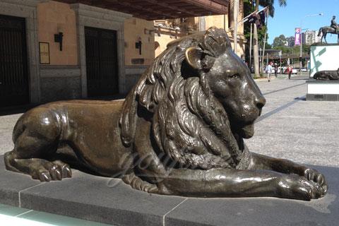 Bronze lion statue life-size animal sculptures
